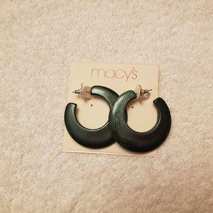 Macy's ladies earrings NWT